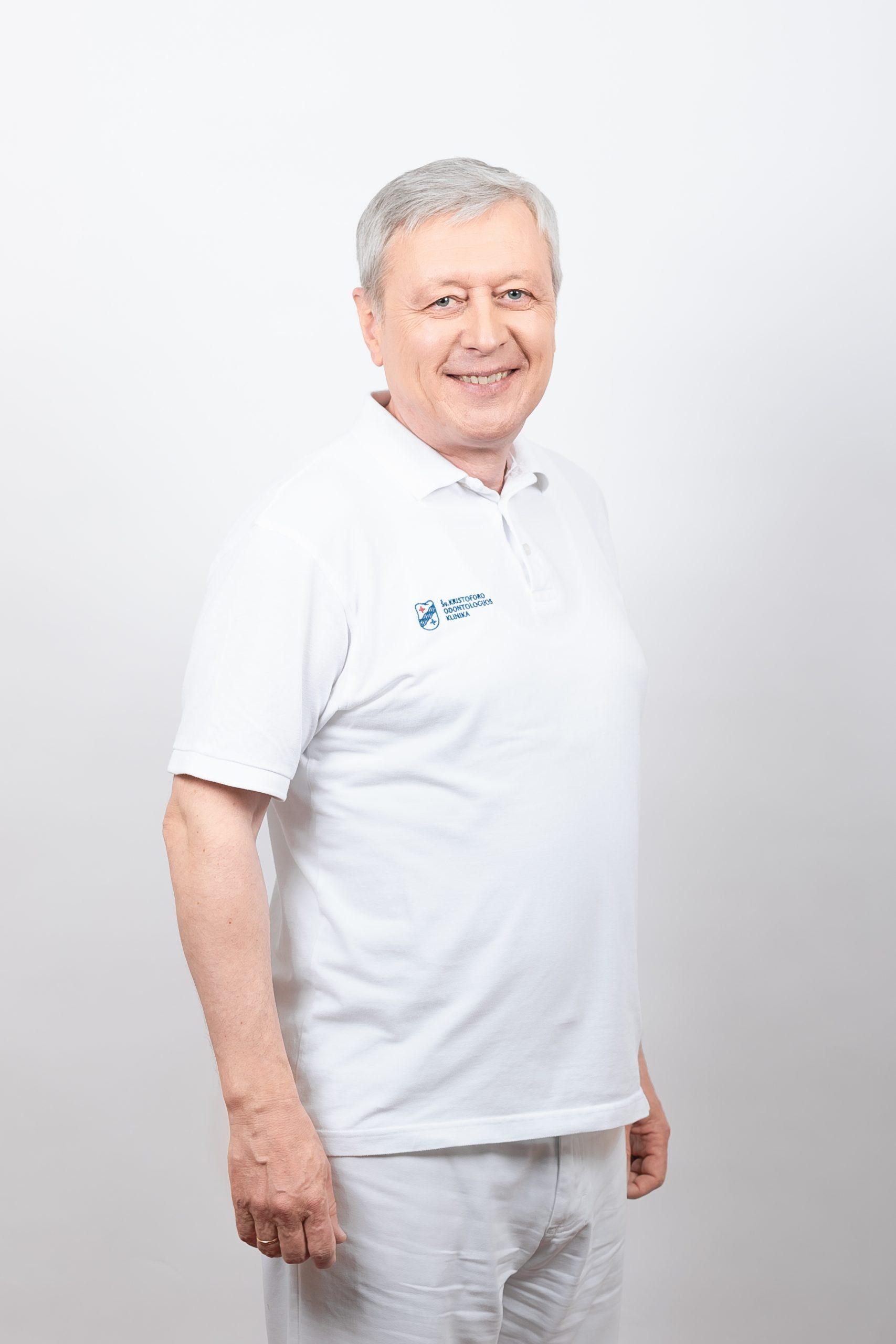 Gydytojas odontologas Gintautas Gumbelevičius